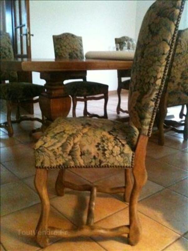Vaisselier Louix XIV + table monastère + 6 chaises. 98112183