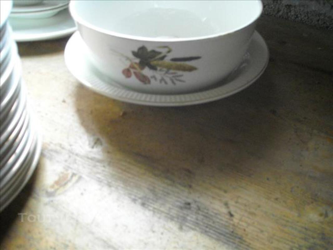 Vaisselle en porcelaine de limoge 86001078
