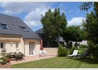 VANNES/SENE - Studio 2 Pers. RDC maison jardin clos sud