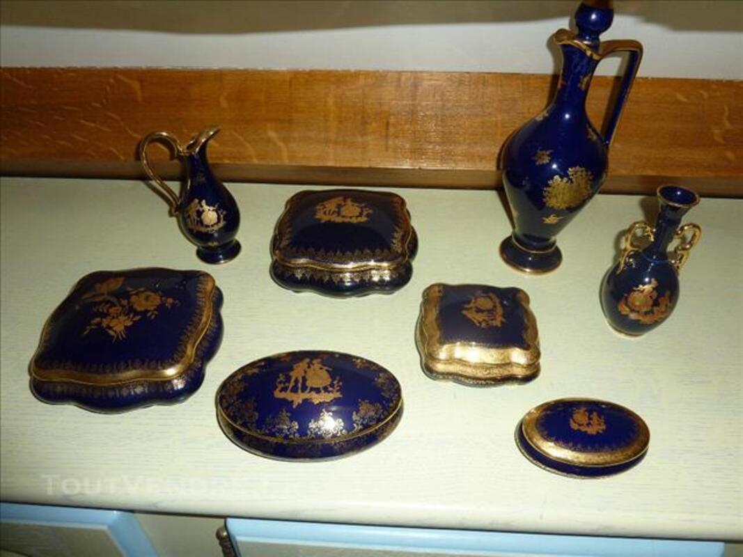 Vases et bonbonnières 84768919