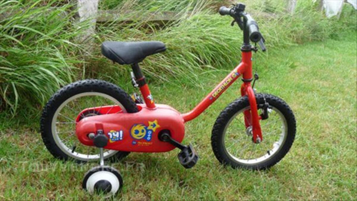 Vélo B'Twin 14 pouces rouge 43804354