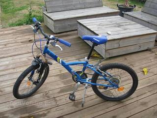 Vélo B-TWIN DECATHLON bleu garçon 20 pouces