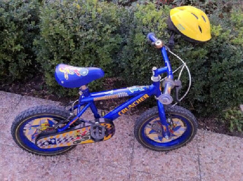 Vélo bleu enfant de 3 à 6 ans + casque 91258710