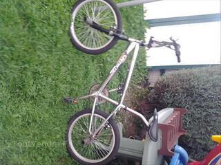 Vélo bmx freestyle chromé bugatti royale haut de gamme