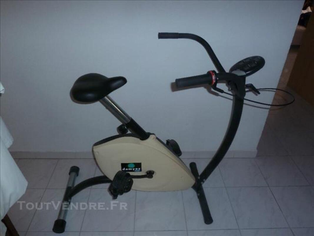 Vélo d'appartement 85886147