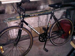 Vélo de course vintage CHAMPION