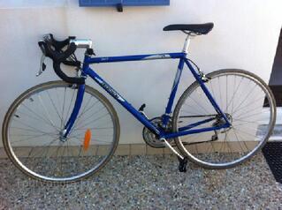 Vélo de route Décathlon bleu