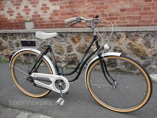 Vélo de ville Gitane style Hollandais col de cygne