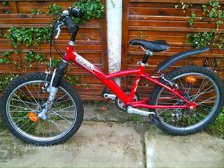 Vélo  enfant DECATHLON 20 p Rockrider rouge mixte