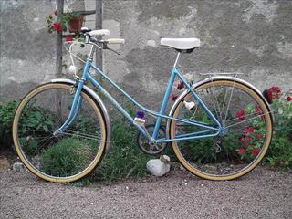 Vélo femme ancien GUIMARD.