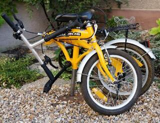 Vélo Pliant  5 Vitesses SHIMANO, 20 pouces - peu servi