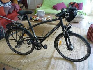 Vélo VTC triban trail 7