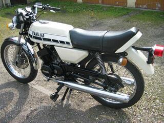 Vend  yamaha 125 RDX de 1976 tres bon état