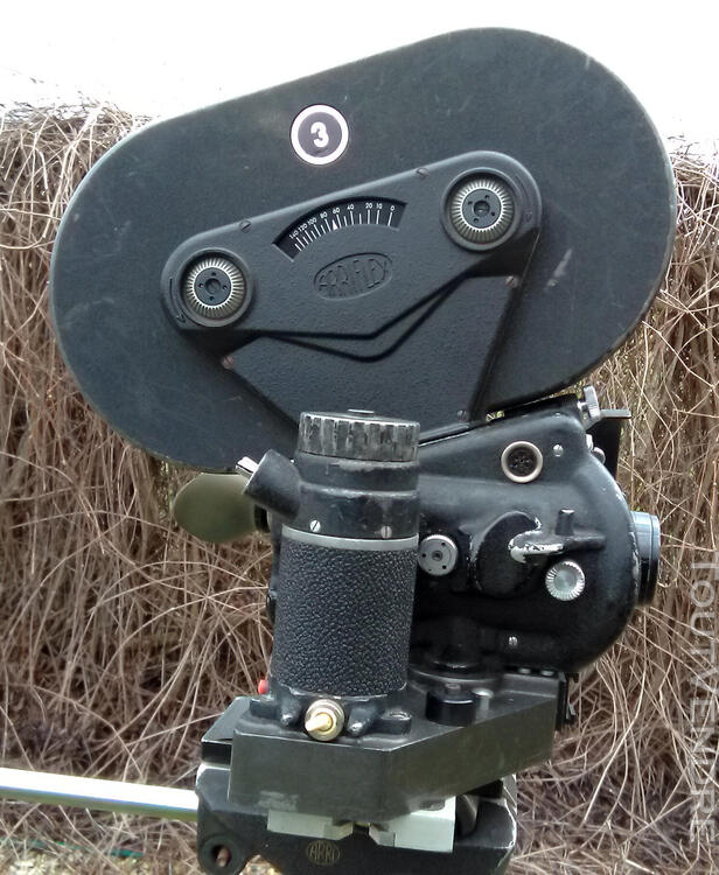 VENDS CAMERA FILM ARGENTIQUE 35MM ARRIFLEX IIB 1960 full kit 501067925