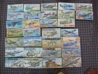 Vends maquettes Airfix avions 1/72 type 4 (1972-74)