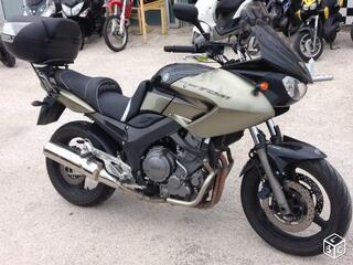 Vends moto yamaha 900 abs