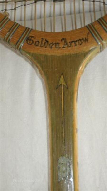 """Vends raquette de tennis ancienne """"Golden Arrow"""" 87109522"""