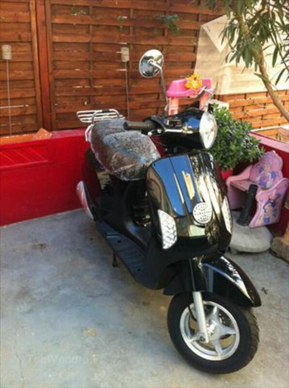 Vends scooter Newteam 125 replica Vespa 56195491