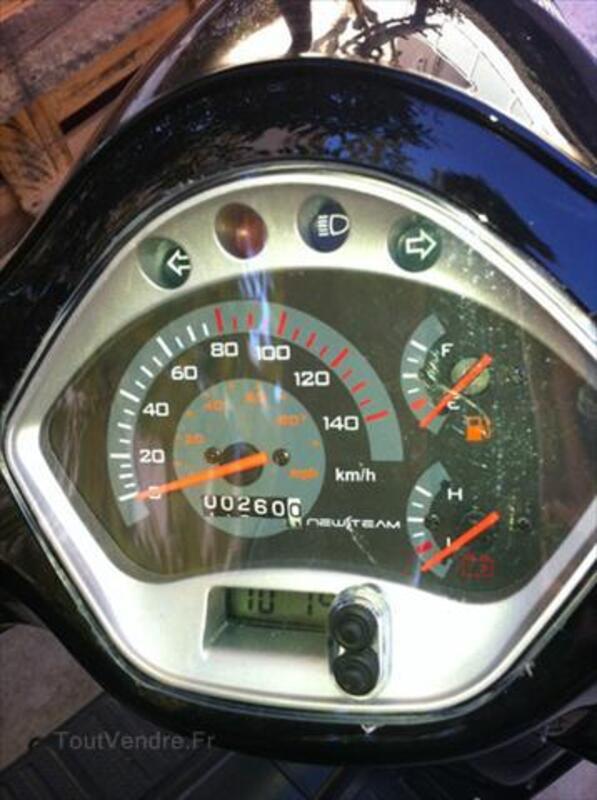 Vends scooter Newteam 125 replica Vespa 56195492