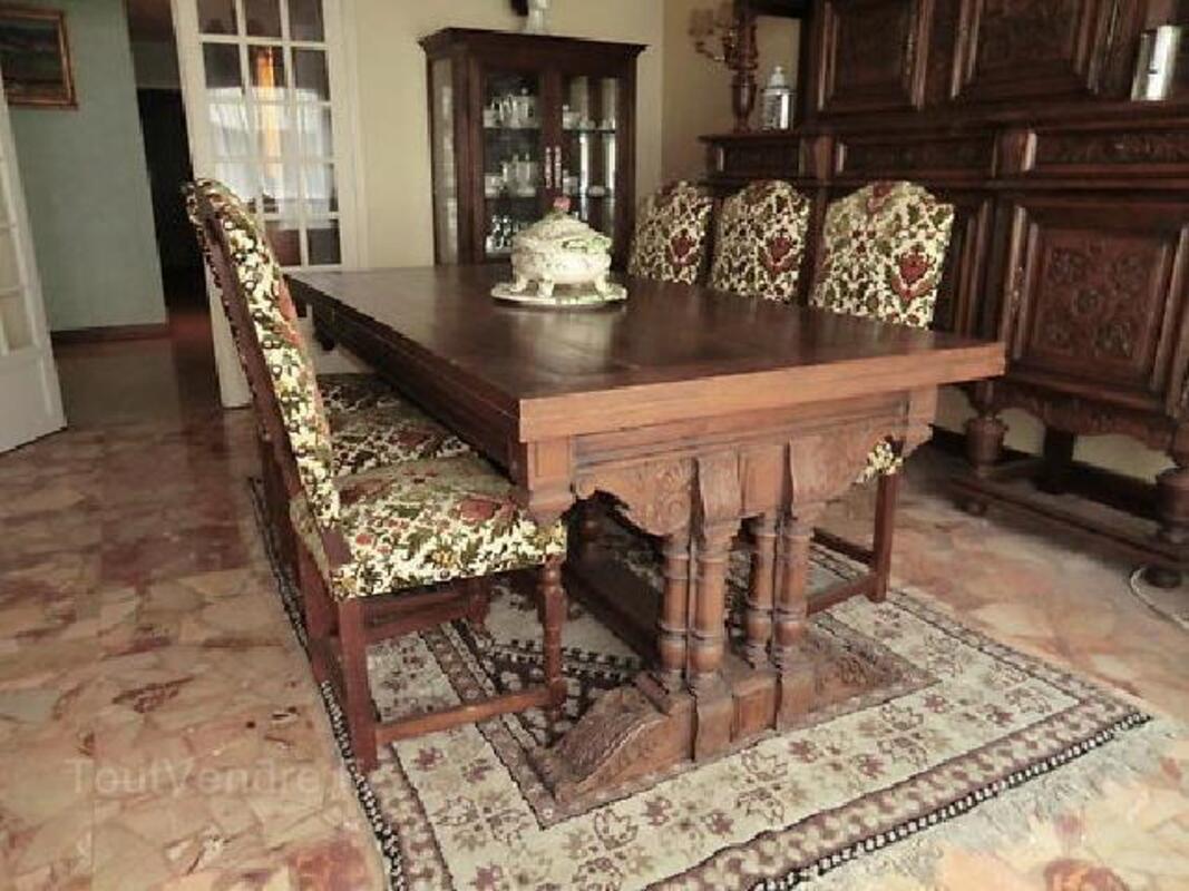 Vends Table de salle à manger et 6 chaises 93213954