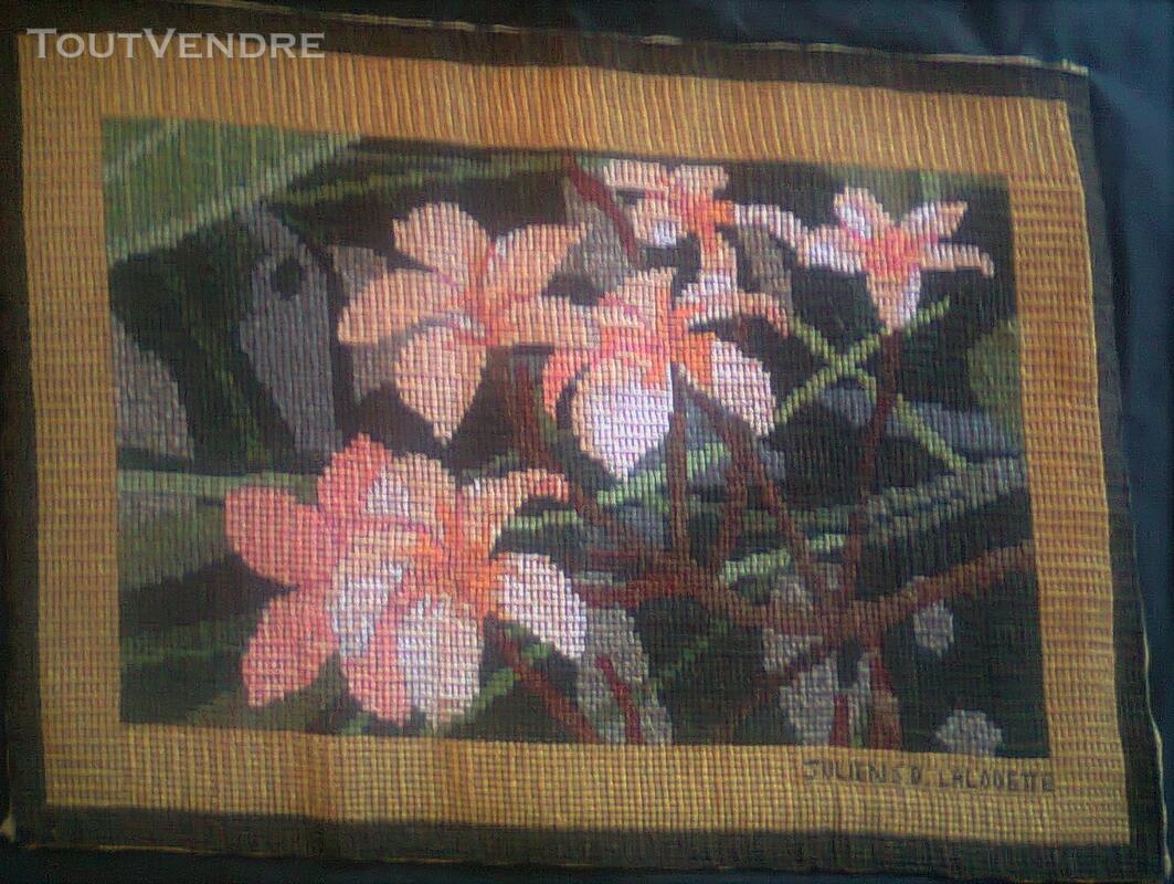 Vente de tapisserie canevas fait de point de croix 136539415