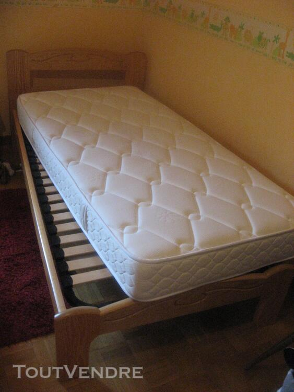 Vente lits + poussette + rehausseur (enfant) 141004564