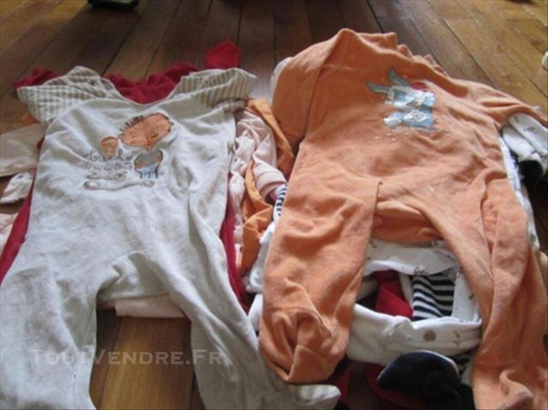 Vêtements bébé garçon 12 mois 84078406