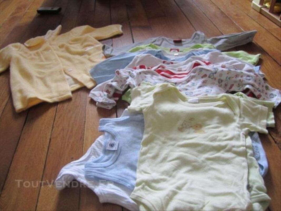 Vêtements bébé garçon 12 mois 84078407