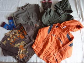 Vêtements garçon hiver 6ans en parfait état LOT 2
