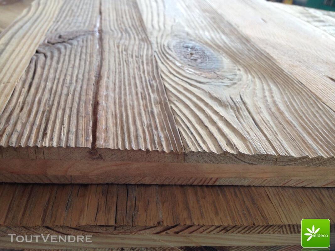 Vieux bois-planches de bardage 389047323