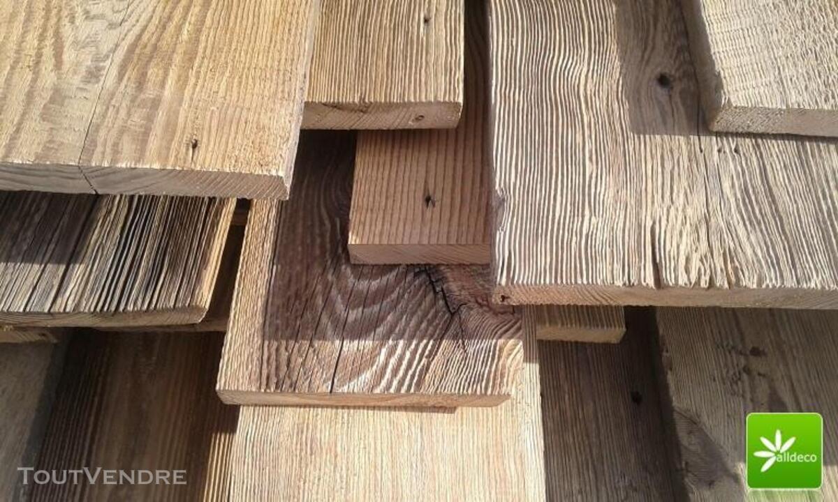 Vieux bois-planches de bardage 389047350
