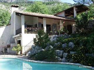 Villa 140 m2  SIGALE  ROQUESTERON (06)