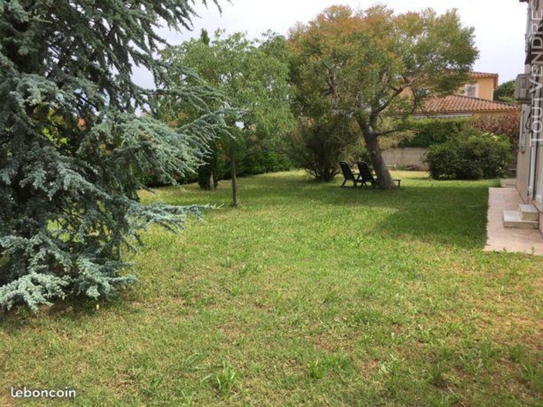 Villa familliale de 100 m² sur un terrain de 1096 m². 444471847