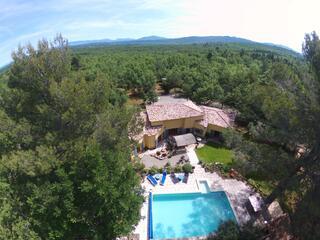 Villa gorges du Verdon 198m² sur 12 000m² boises 8personnes