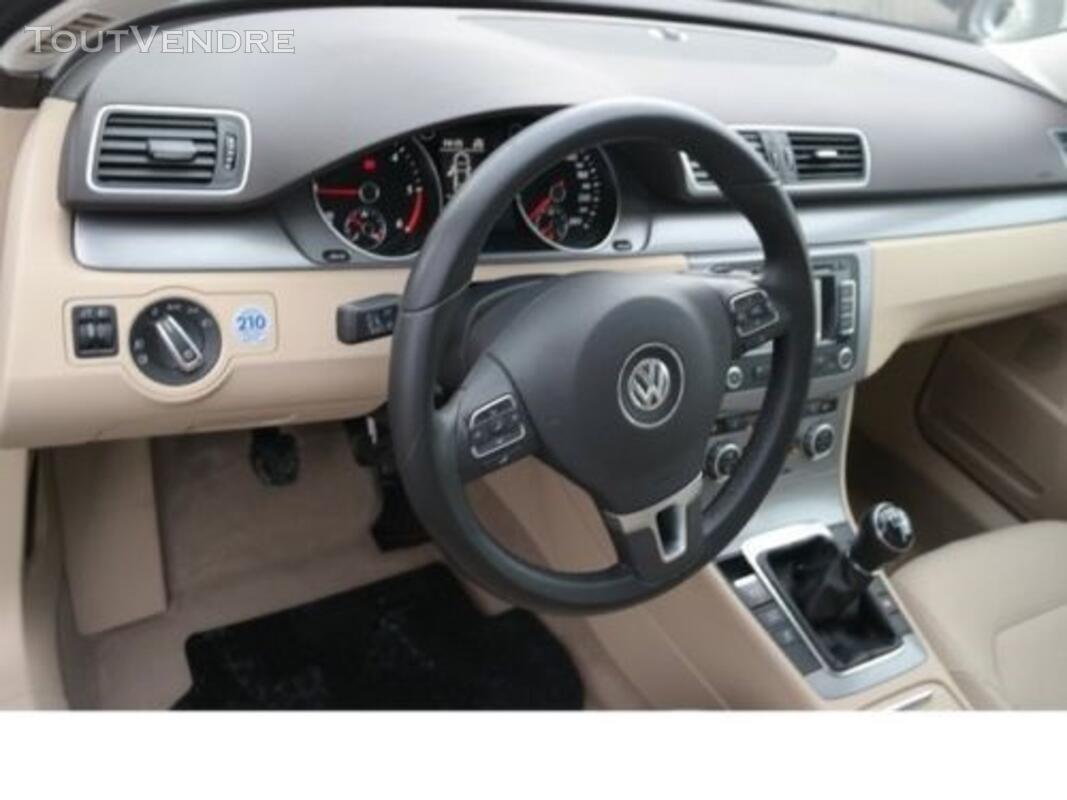 VW Passat 127409660