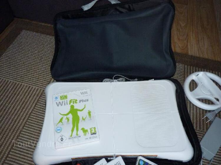Wii + Wii fit + 13 jeux 93013656
