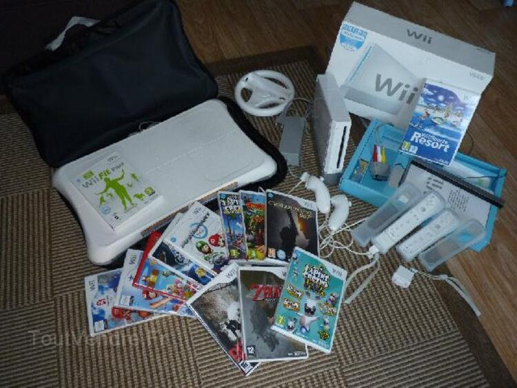 Wii + Wii fit + 13 jeux 93013657
