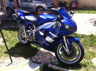 Yamaha 1000 YZF R1 full