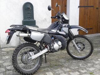Yamaha 125 dtr tres bon etat noire