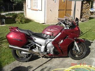 YAMAHA FJR 1300 - 2003 - 72000km - 4500€