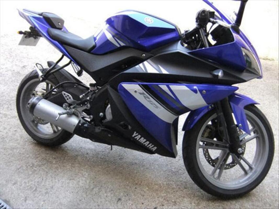 Yamaha YZF R125 64573869