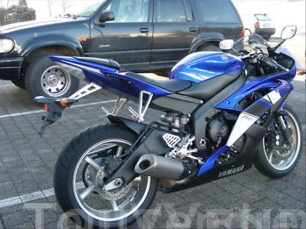 Yamaha YZF R6 Bleue 45001185