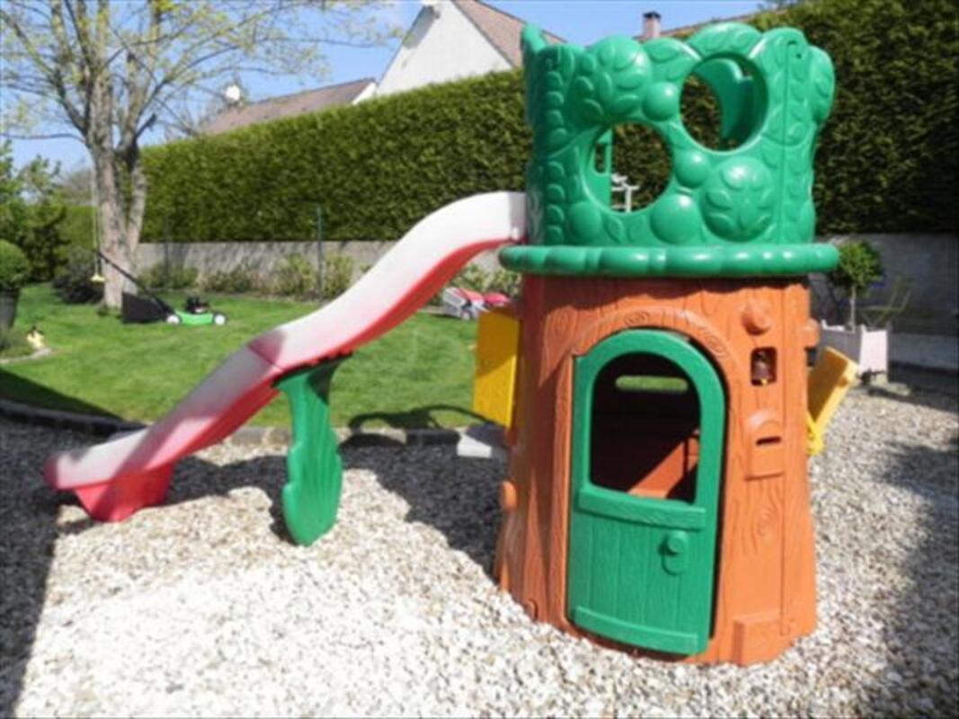 Arbre de jardin toboogan smoby berni res 76210 jeux jouets for Arbre maison jouet
