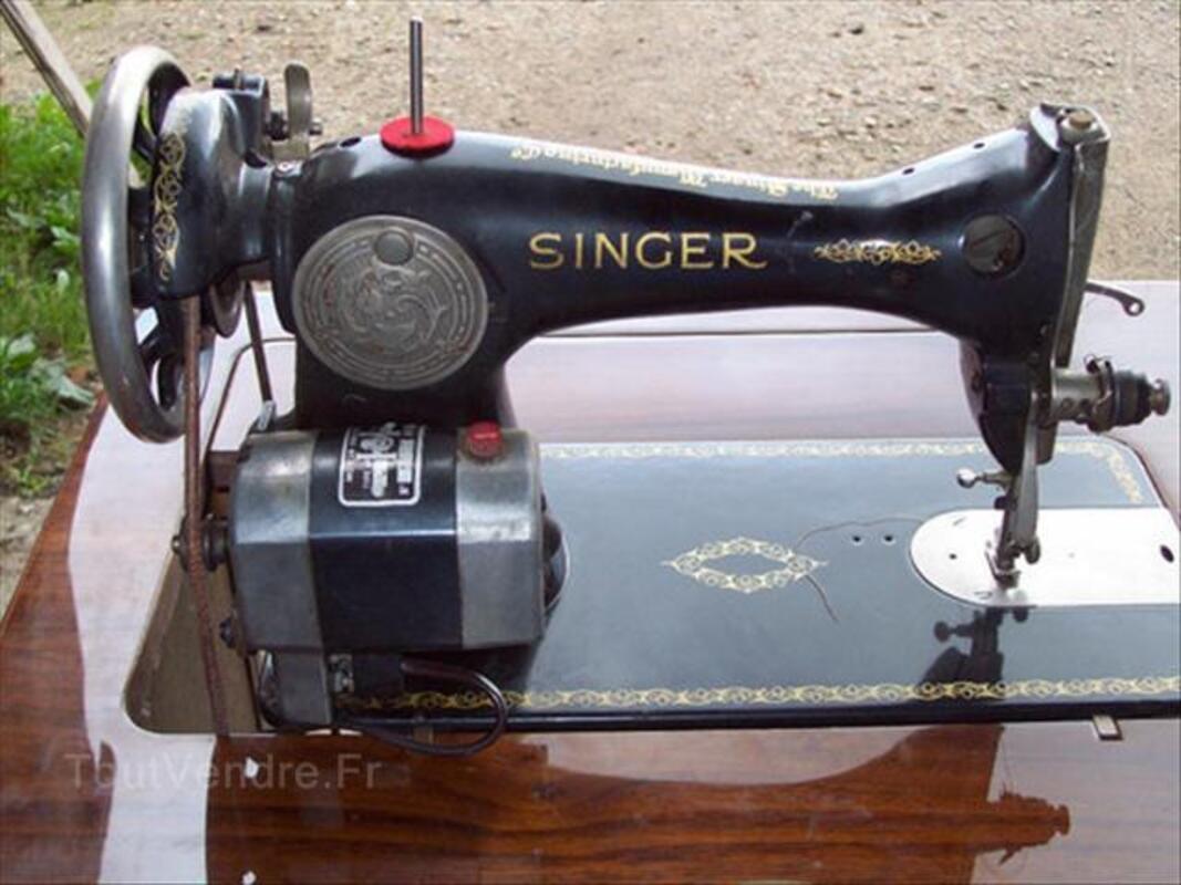 Machine a coudre singer avec son meuble