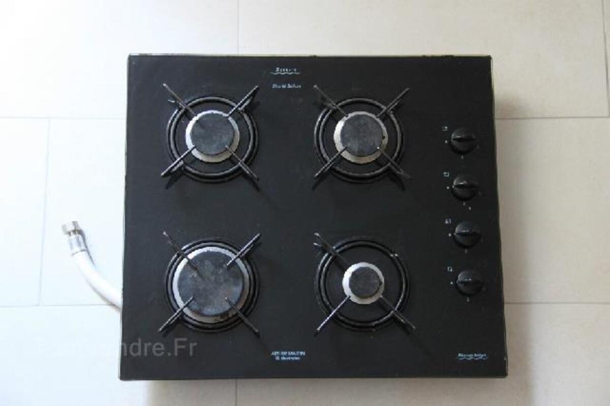 plaque de cuisson gaz 4 feux arthur martin electrolux barlest 65100