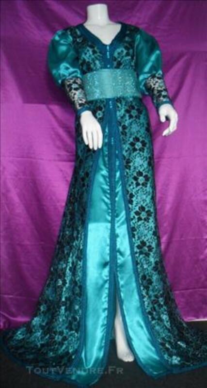 http://www.toutvendre.fr/Robe-marocaine-takchita-robe-de-soiree-Caftan-Neuf_73233845L.jpg