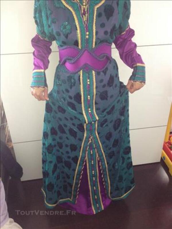 Robe marocaine takchita