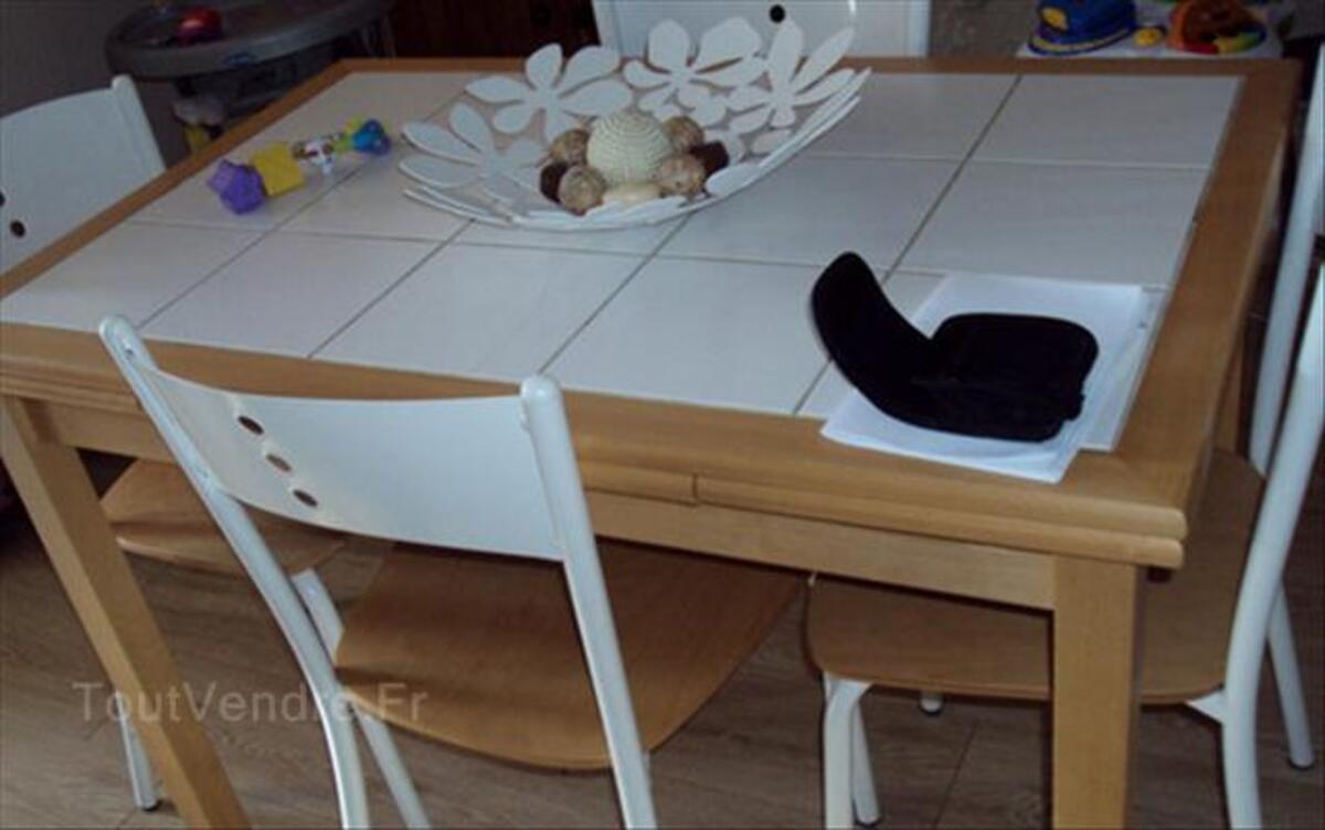 Chaise cuisine blanche conforama avec des for Tables cuisine conforama