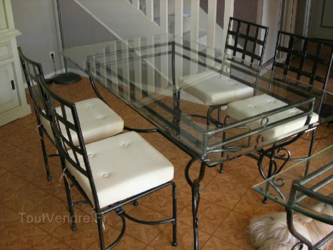 Table salle à manger Verre fer forgé et ses 4 chaises Rogécourt 02800