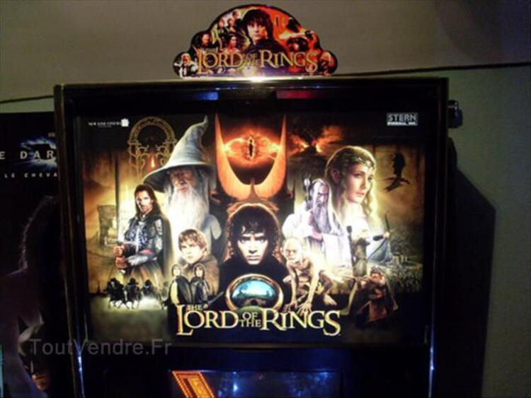 Topper flipper lord of the rings stern
